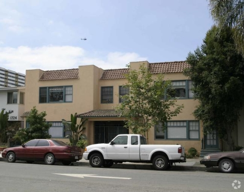 image 5 unfurnished 1 bedroom Apartment for rent in Long Beach, South Bay