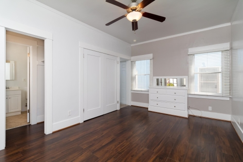image 6 unfurnished Studio bedroom Apartment for rent in Long Beach, South Bay