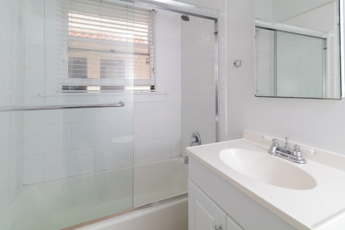 image 10 unfurnished Studio bedroom Apartment for rent in Long Beach, South Bay