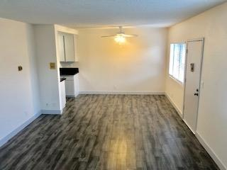 image 2 unfurnished 1 bedroom Apartment for rent in Winnetka, San Fernando Valley
